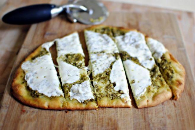 Как приготовить пиццу с соусом Песто