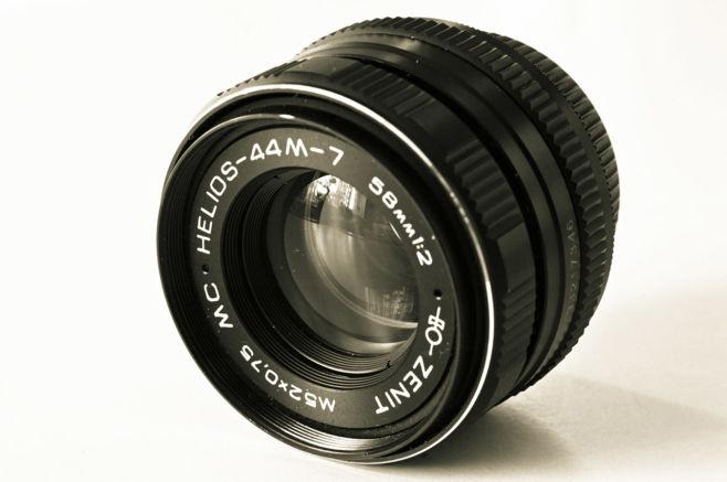 О чем говорят цифры на объективе фотоаппарата