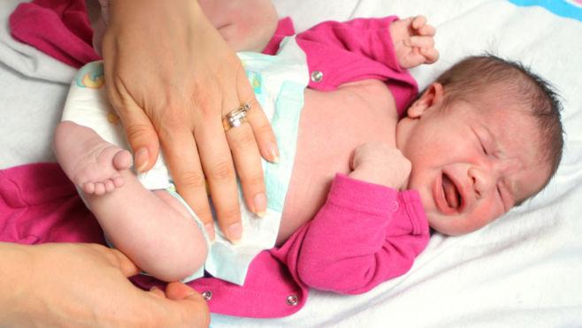 Причины запора у новорожденного