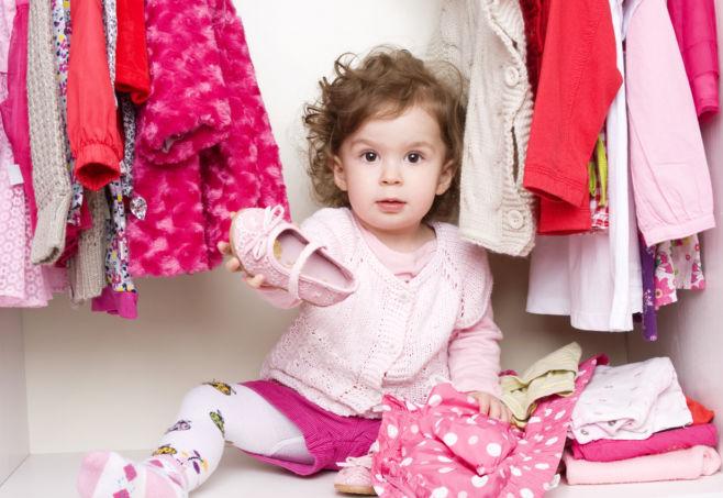 Что делать, если ребенок не хочет сам одеваться