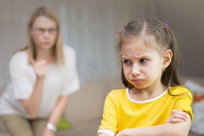 Стоит ли кричать на ребенка